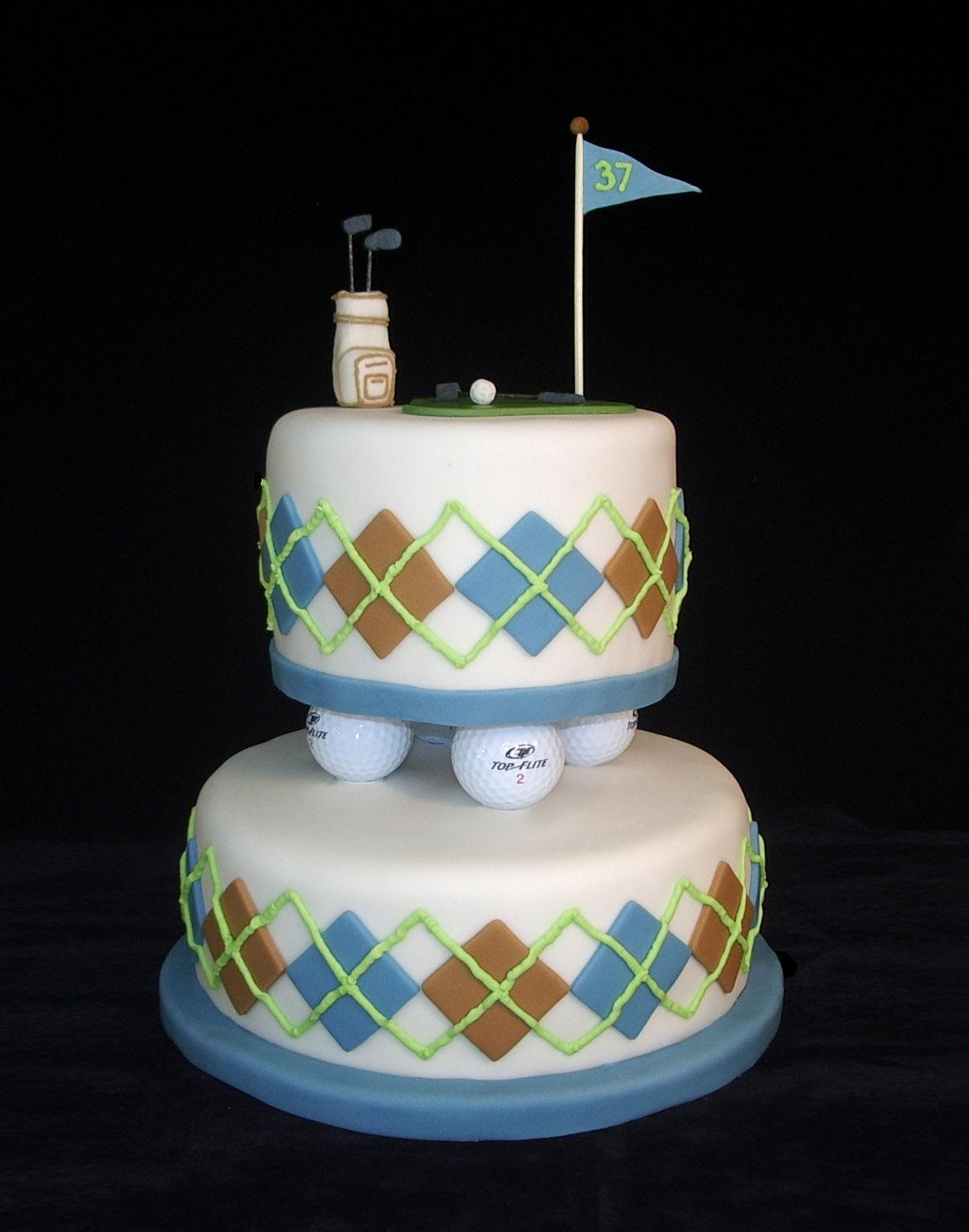 A Golf Themed Birthday Cake dotscakestudio